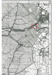 Auszug aus der topographischen Karte Nr. 2323 (Uetersen), Maßstab 1:25000. Der Standort des damaligen Gasthauses Deichschänke ist umrahmt. Die Karte zeigt die Situation vor der Pinnaubegradigung und der Schaffung des Klosterdeich-Hafens. (Landesvermessungsamt Schleswig-Holstein 1955)